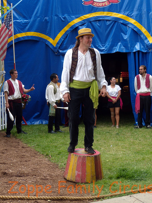 Giovanni Zoppe, introducing his circus family during the pre-show.
